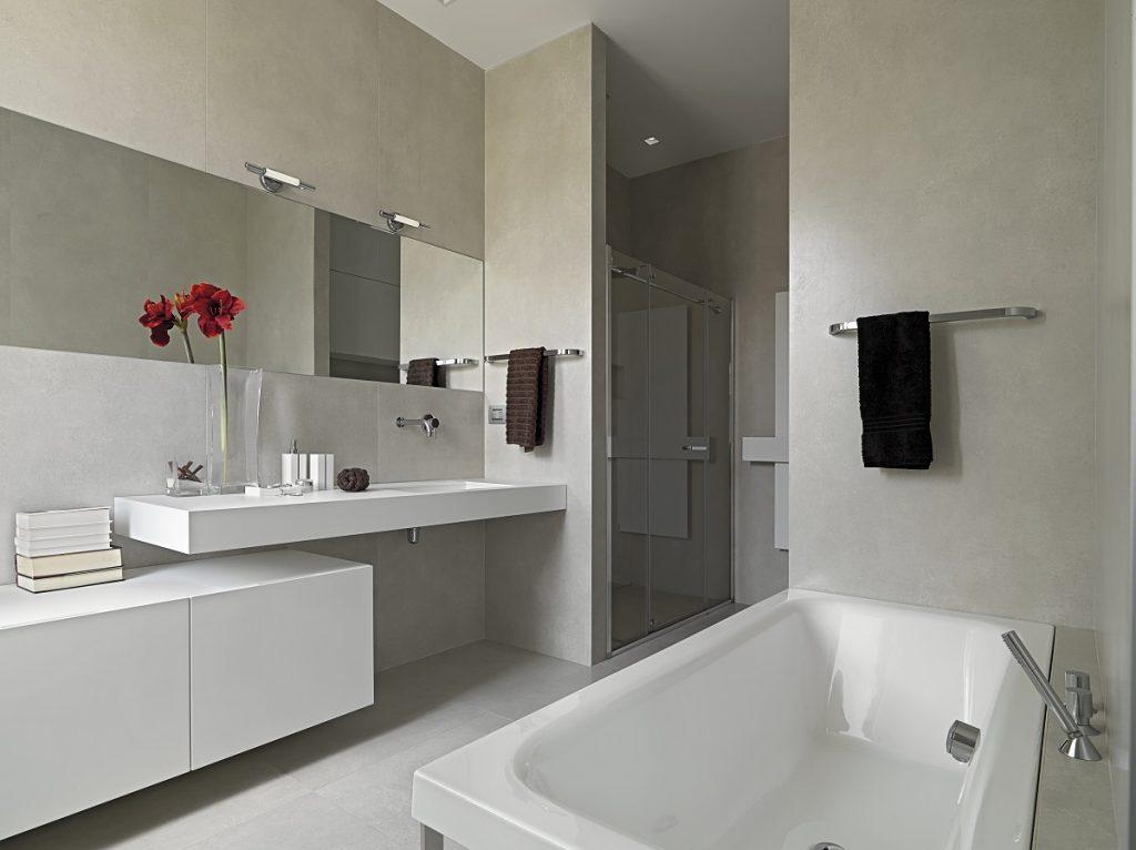 Neutral colored bathroom