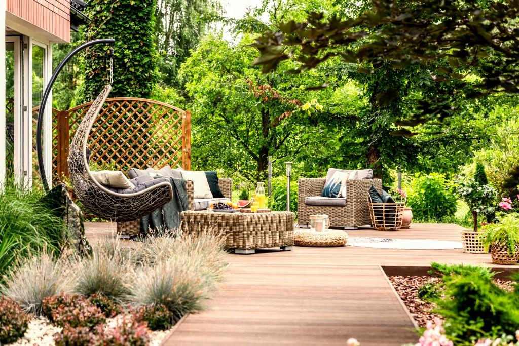 outdoor space patio